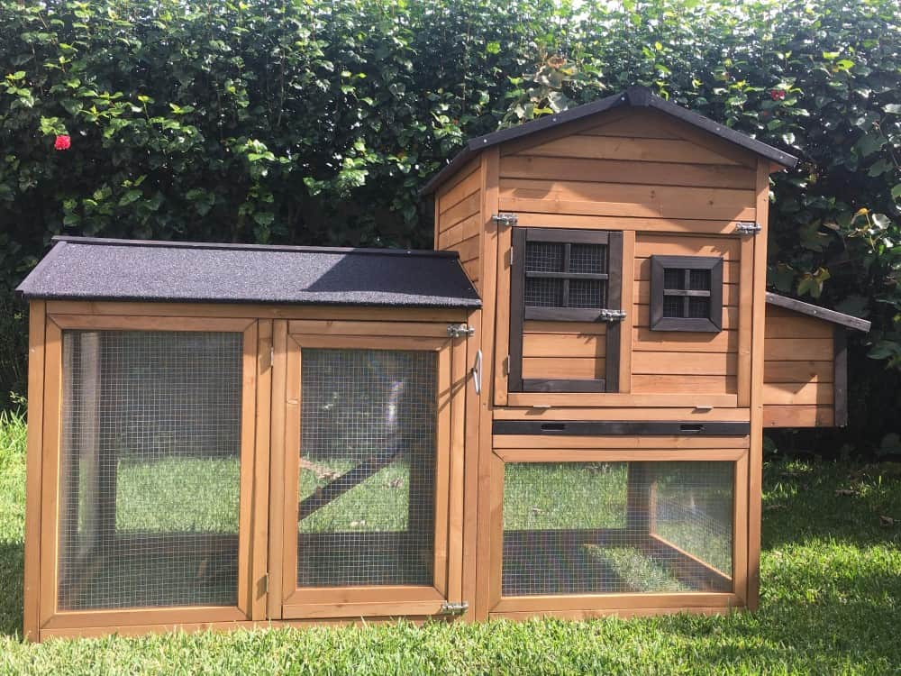 Super Deluxe Mansion Chicken Coop
