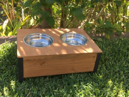 Elevated food and water bowls with stainless steel bowls