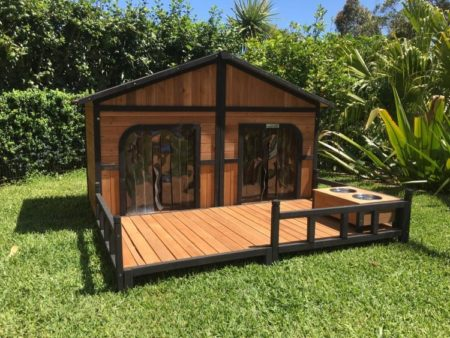 The Somerzby Grand Double dog kennel is sturdy and easy to assemble