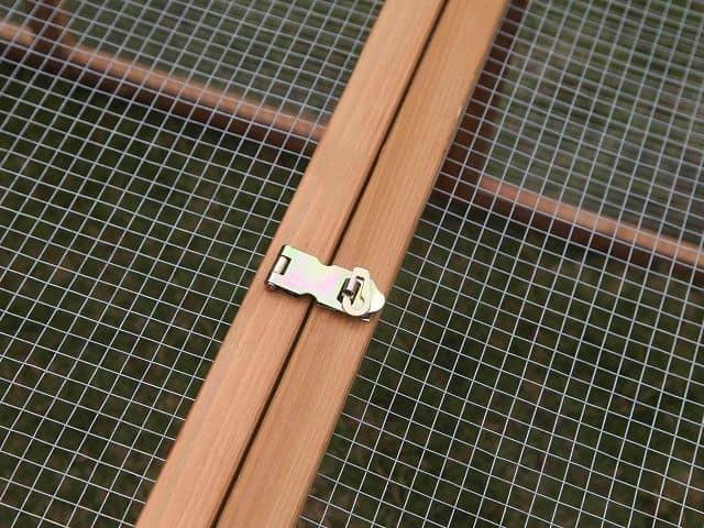 Villa run secure locks