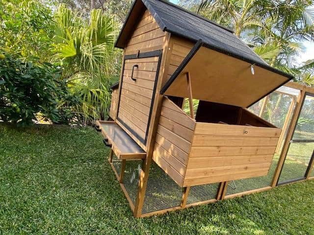 Cabana Nesting Box Side Opening Access