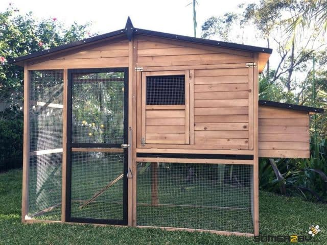estate guinea pig hutch front view
