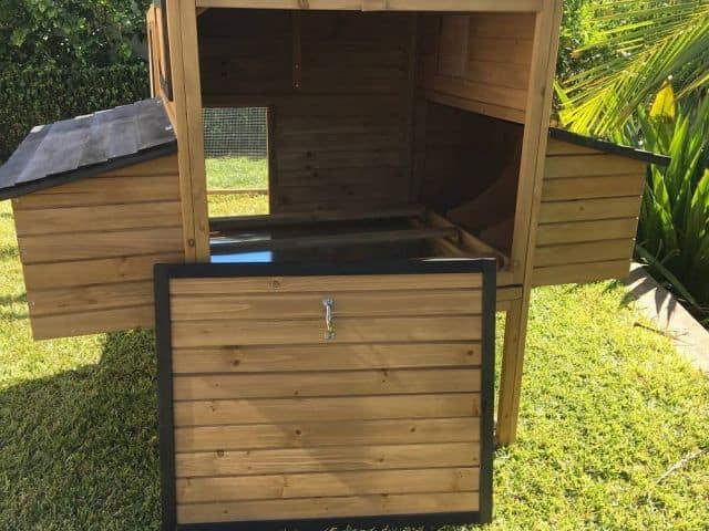 Back opening of rabbit hutch cabana