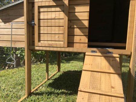 Cabana rabbit hutch with ramp