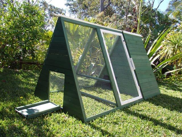 Lodge Guinea Pig Portable Hutch