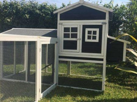 Charcoal Mansion and Run Cat Enclosure