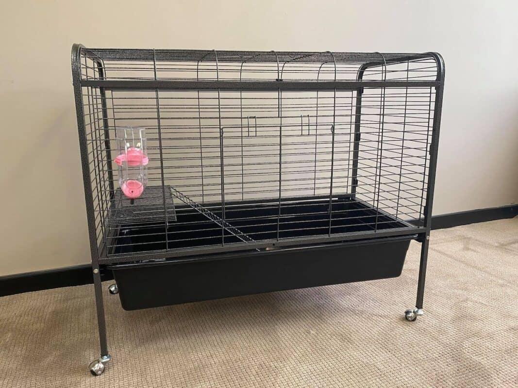 Lexi Portable Indoor Cage
